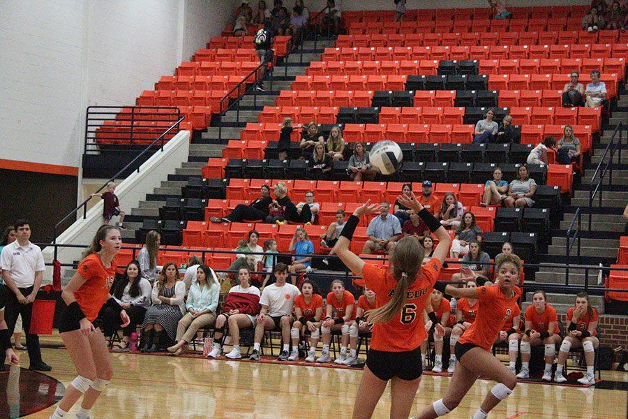 Varsity+volleyball+vs+Lovejoy