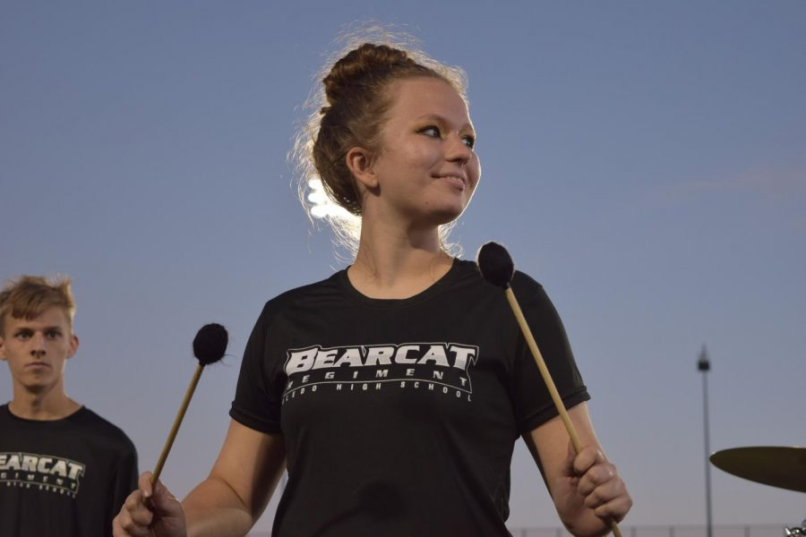 Junior Kailey DeLorenzo plays at Meet the Band