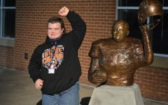 New Statue Unveiled at Bearcat Stadium
