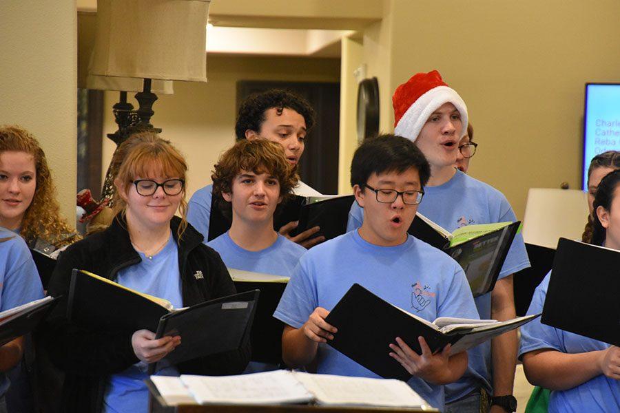 Aledo Choir Spreading Christmas Cheer