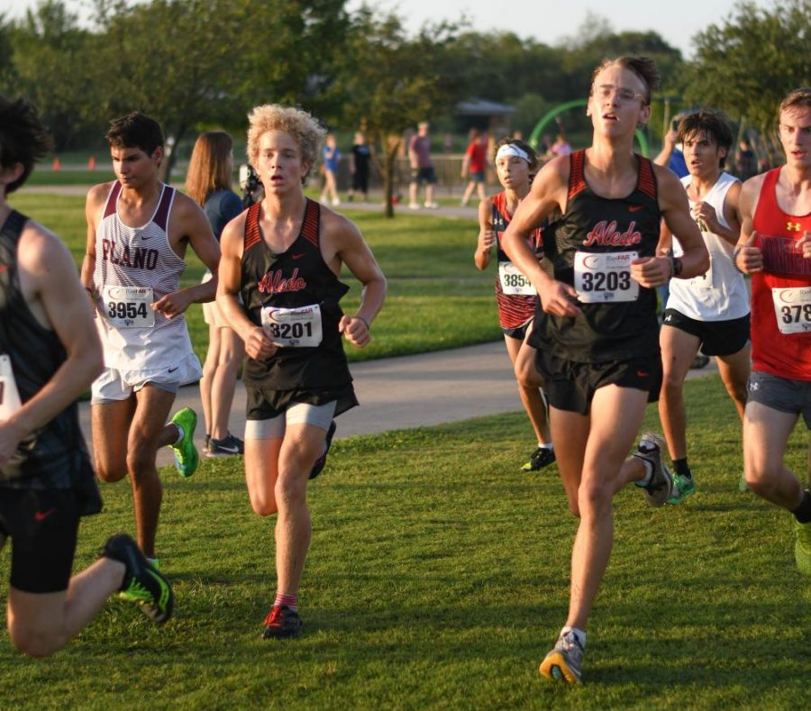 Cross Country Team Succeeds in Race for the Loot